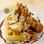 Waffle with custard pudding