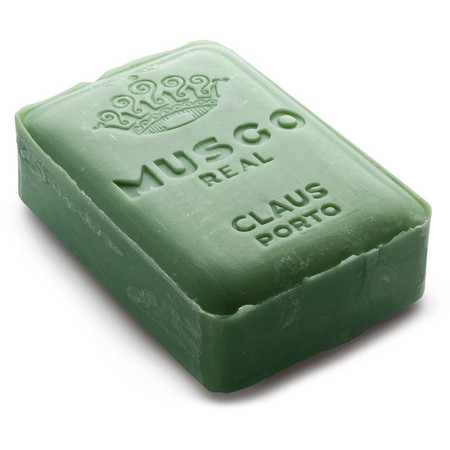 how to use soap in php